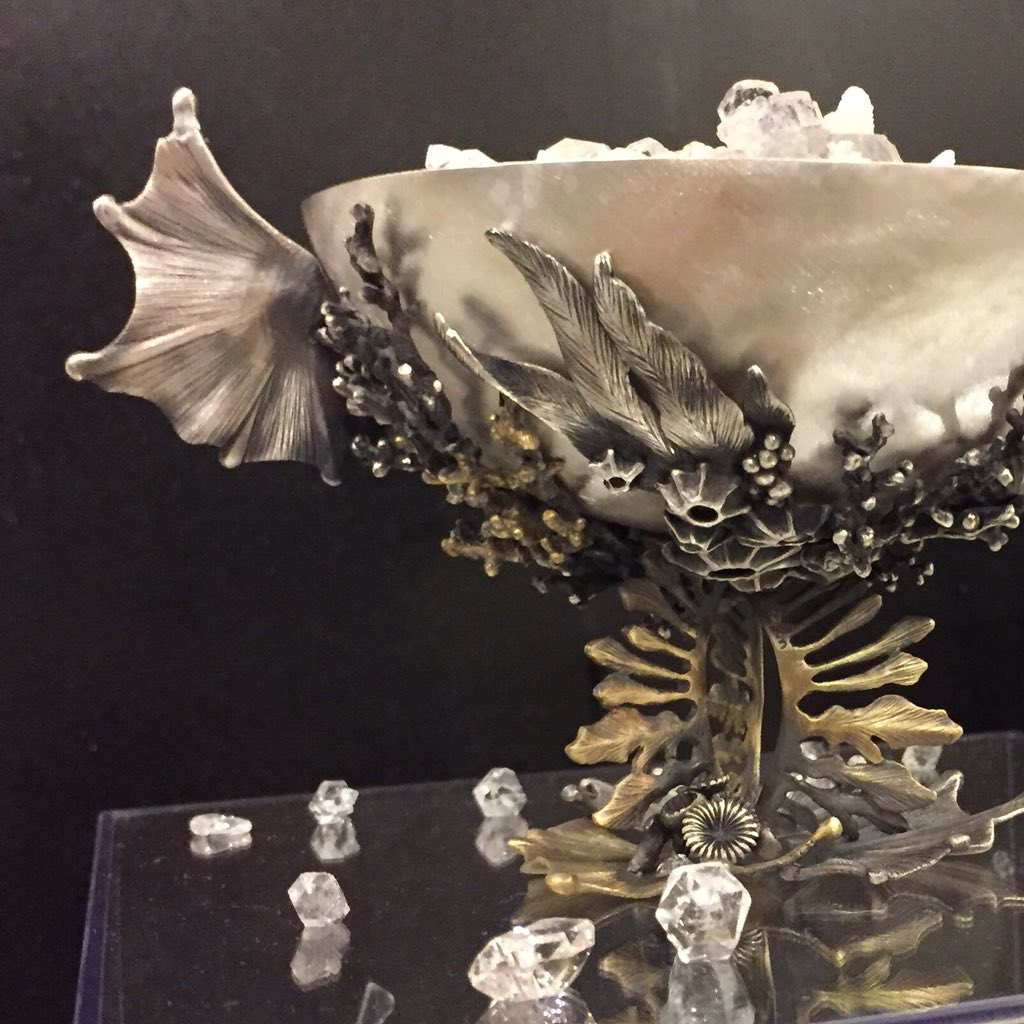 モチーフジュエリーを作っています✨  #ザクロ #花  #海 #星 #鳥 #天然石 など、自然のモチーフが中心です^ ^  #アクセサリー #ジュエリー  #私の作品もっと沢山の人に広がれ祭り