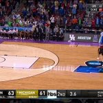 RT @marchmadness: MICHIGAN WINS IT AT THE BUZZER!!...