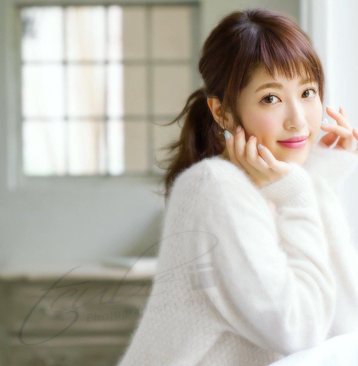 舟山久美子の色っぽい画像