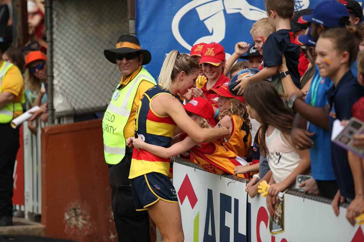 Shattered we won't be defending our title. Thank you to all our fans for your amazing support this season. Good luck to @Bulldogs_Live & @lionsaflw in the Grand Final #weflyasone