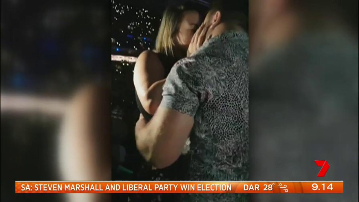 Ed Sheeran formed the backdrop for this couple's concert proposal in Sydney on Friday night. https://t.co/xz9WiwqNed #7News