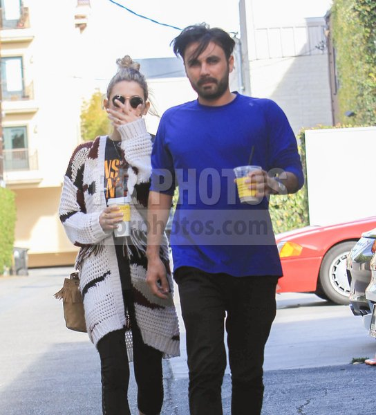 Paris Jackson Sighted Shopping in Hollyw...