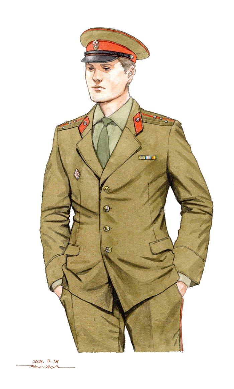 制帽のあご紐がビニールだったり襟章の金枠が無い70年代初頭のソ連将校の制服。80年代以降のものと比べるとシンプルな雰囲気。皆さんどちらがお好き?