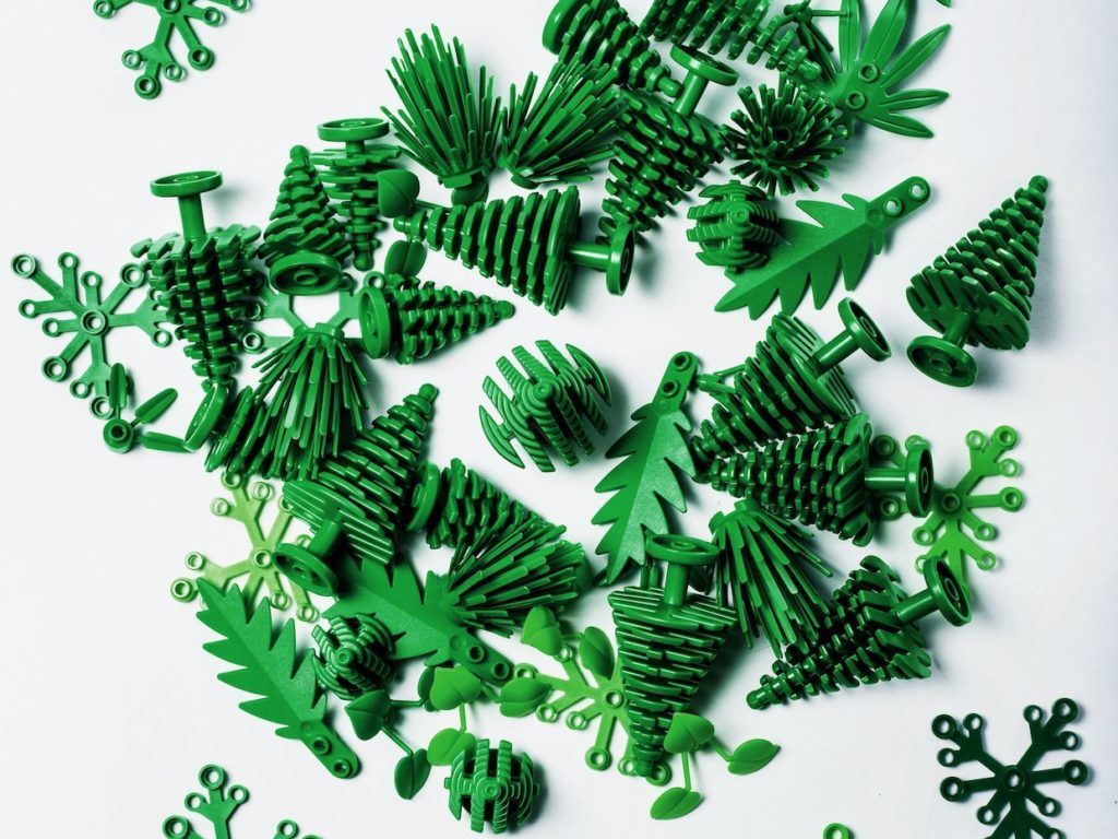 ついに植物由来のプラスチックを使った「持続可能な」レゴが誕生──素材の完全代替に向けた挑戦の始まりhttps://t.co/QDpCq8Noj4