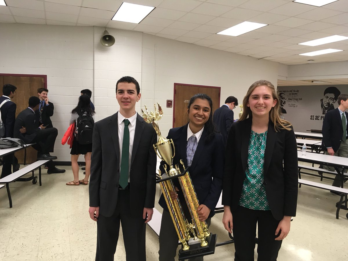 Congrats to Lucas, Anika, and Caroline for representing W-L at Debate Regionals. Caroline is the alternate for Super Regionals! <a target='_blank' href='https://t.co/nYTp4uMolO'>https://t.co/nYTp4uMolO</a>