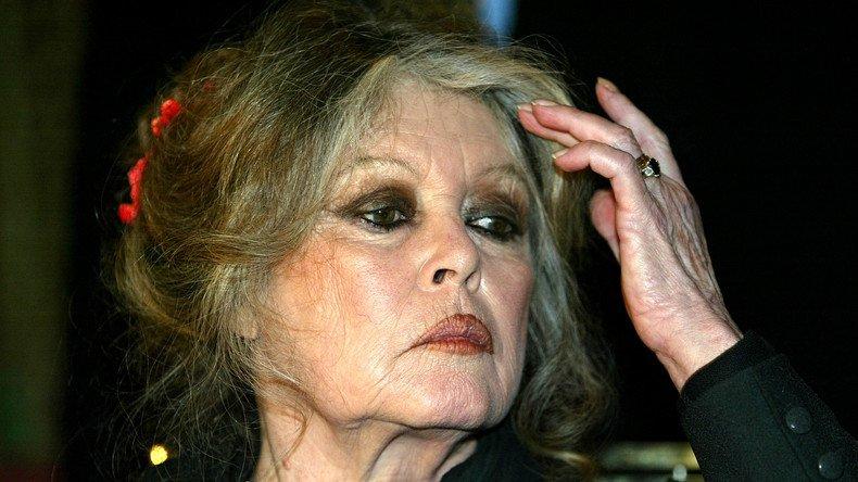 #Bardot : «Je ne me suis pas battue contre l'#Algérie française pour accepter une France algérienne» ➡️https://t.co/DqtKXzmBcL