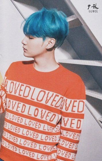 yoongi's vibrant blue hair was such a lo...