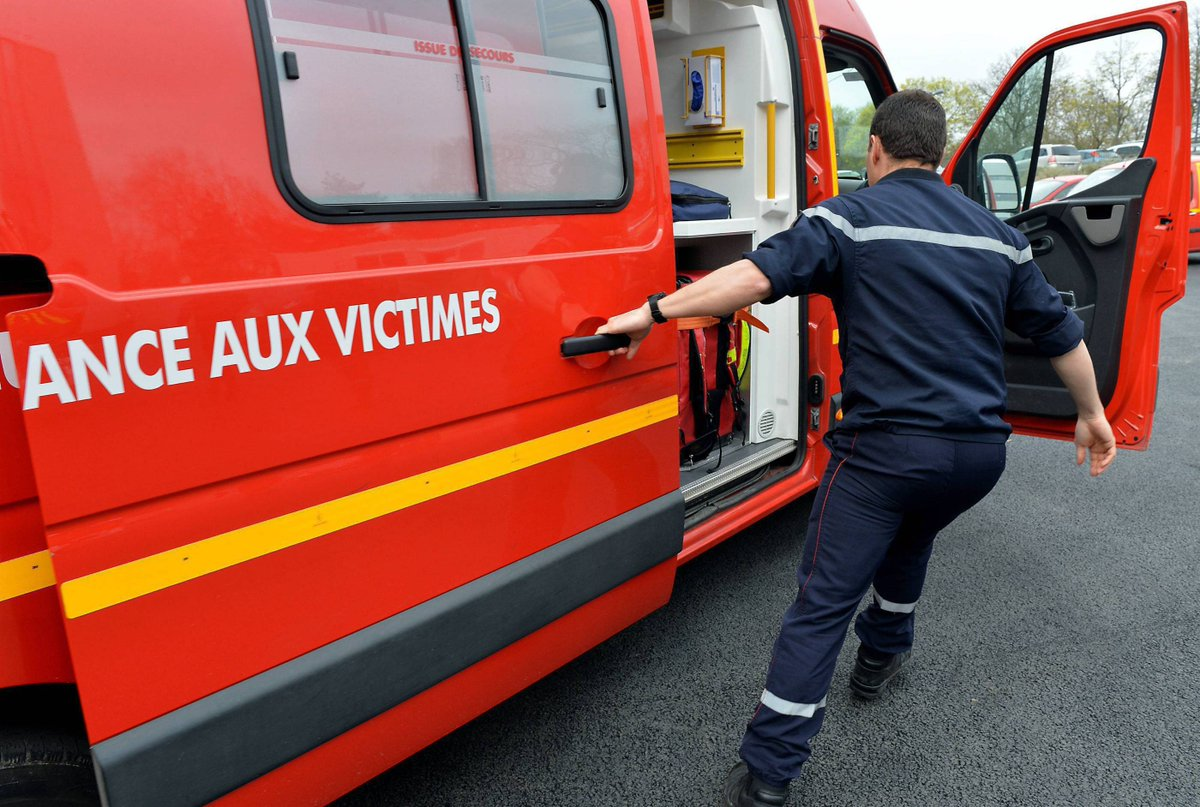 Accident de tir dans un club de Fréjus. L'un des deux blessés est décédé https://t.co/sFElJv9ng2