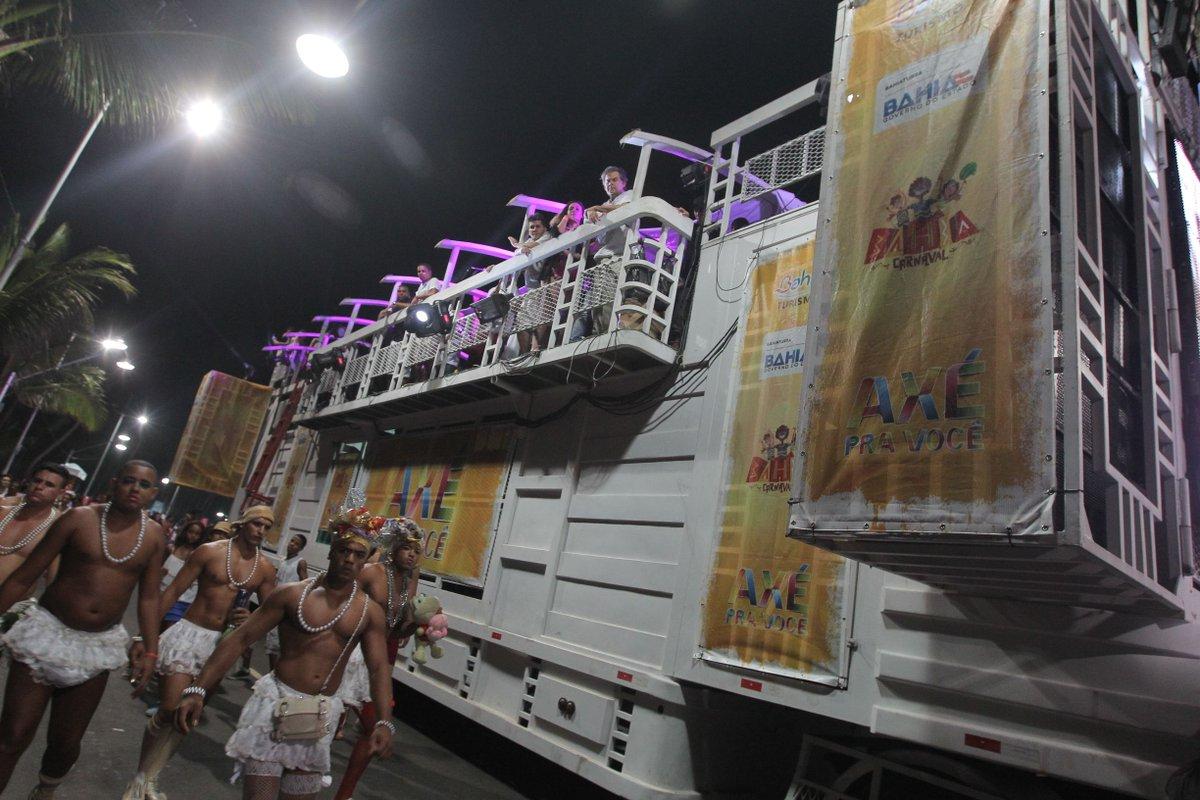 Empresários do Carnaval reclamam de trios pagos por governo e prefeitura https://t.co/1c41wO2D7n