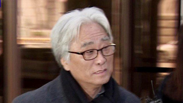 [JTBC 뉴스룸] 상습 성폭행 혐의 이윤택, 영장 여부 곧 결정. 검찰, 10시간 만에 이 전 감독 재소환 조사. 상습성 인정되면 일부 공소시효 만료됐어도 최근 범죄 혐의 적용해 처벌 가능. https://t.co/NiPQM83XsA
