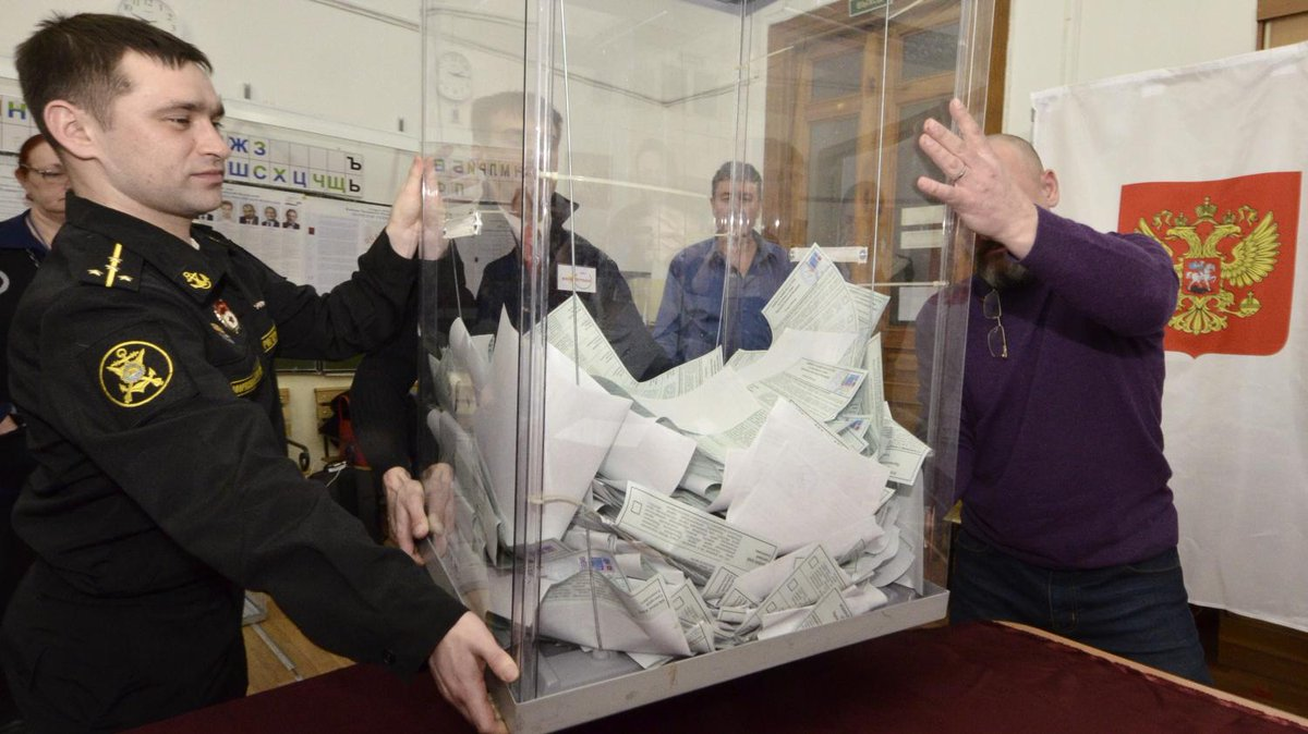 Présidentielle en Russie : l'opposition et une ONG dénoncent plus d'un millier d'irrégularités lors du scrutin  https://t.co/lXWv3WF5GN