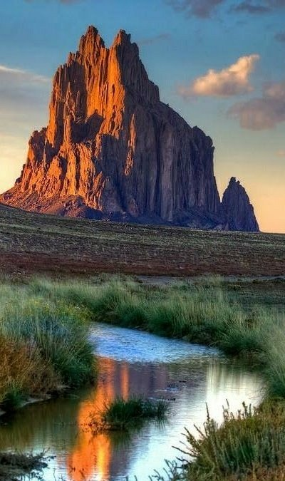 Shiprock #NewMexico https://t.co/pgd1HA6...