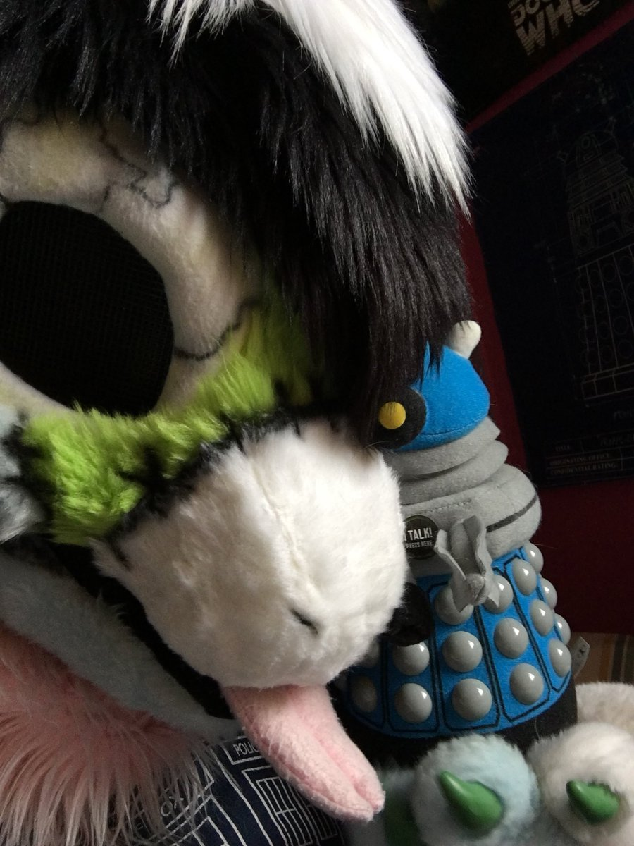 #CityMuttSunday became a #sockpawsunday when the temperature dipped, but someone was off work and decided to spend the day relaxing and watching Doctor Who, so it was a day well spent.  ~  👔 -  @CityMuttFursuit  🐾 - @AlphaDogsStudio  👾 - @bbcdoctorwho