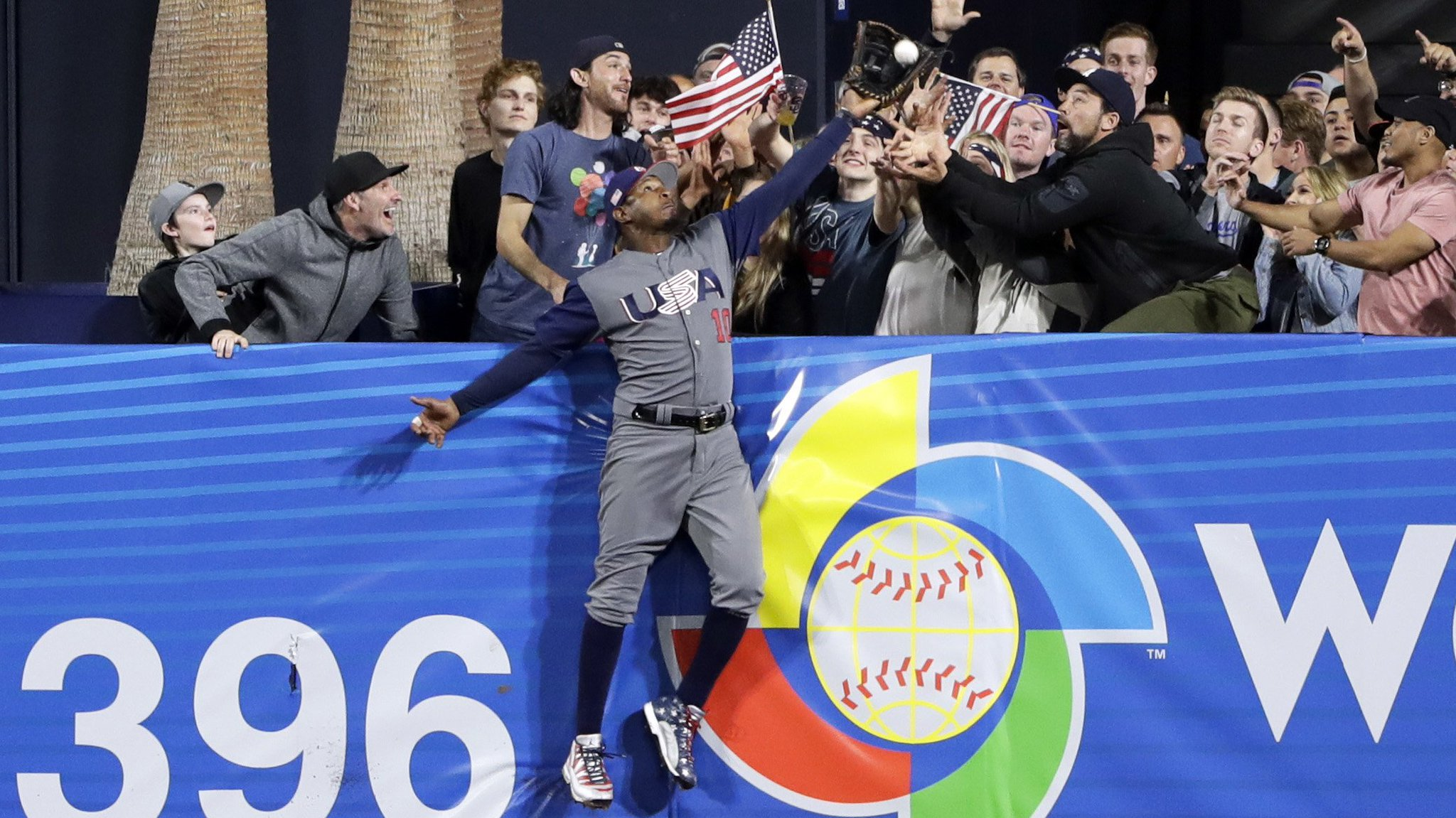 One year ago, @SimplyAJ10 saved the day for Team USA. https://t.co/jVXOiWqO5l https://t.co/EA5556iFmD