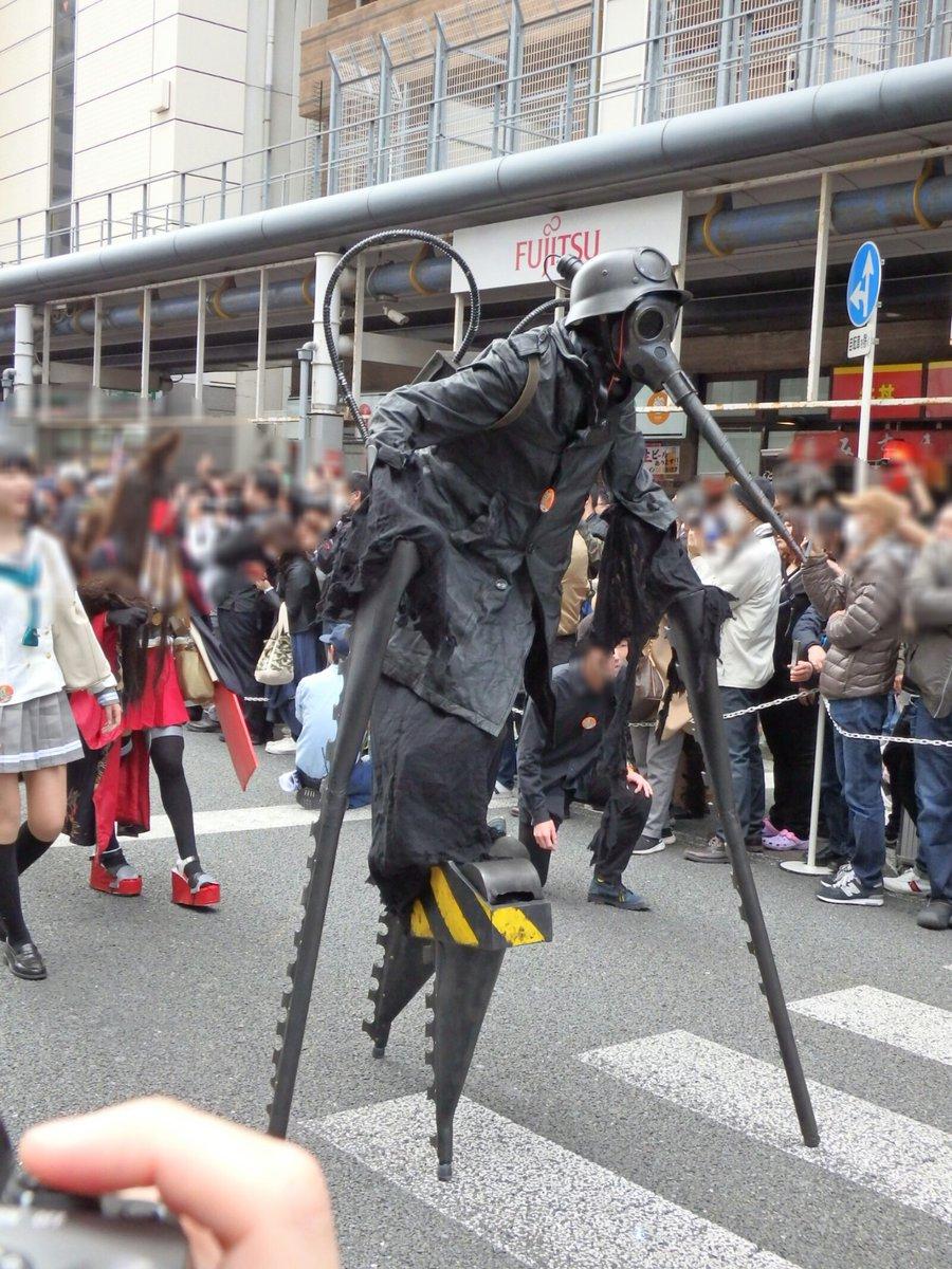 ホラークラスタならば絶対知っている映画「武器人間」のキャラクターモスキート パレードでゆっくりと歩く姿は迫力満点 #ストフェス2018 #武器人間 #モスキート