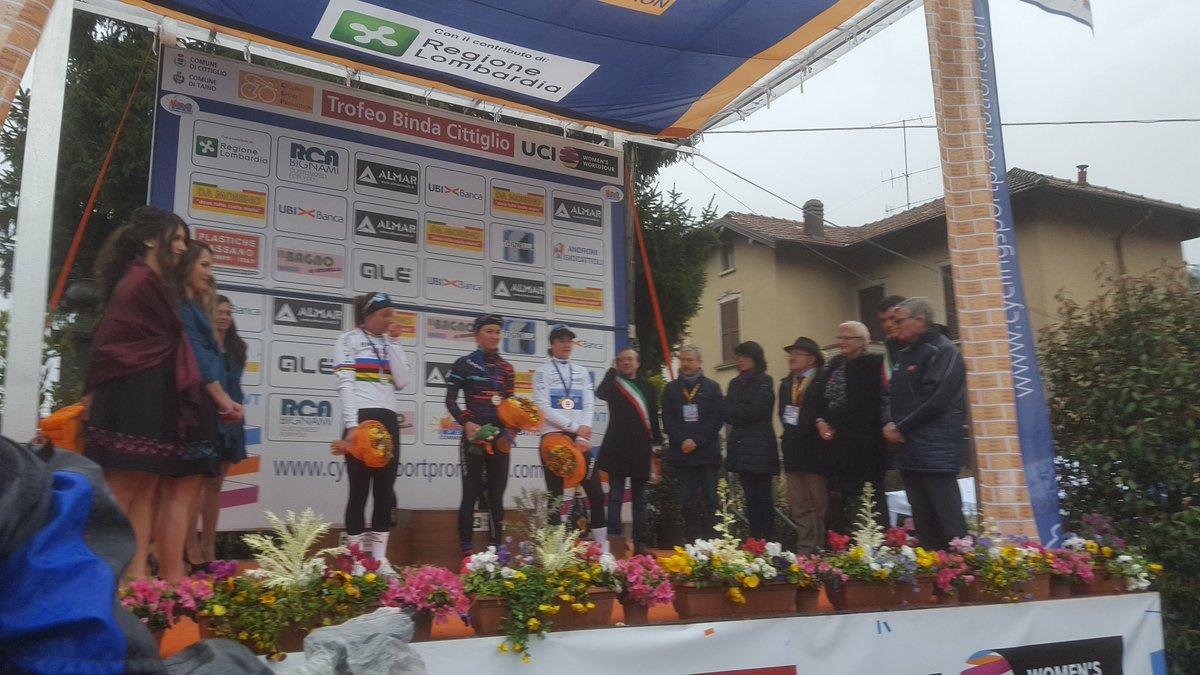 Your #trbinda #UCIWWT podium with @KNiew...
