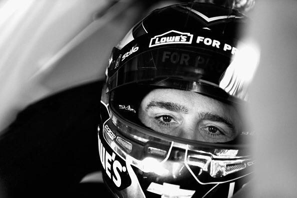 Good morning #lowes48 fans! It's Race Day!