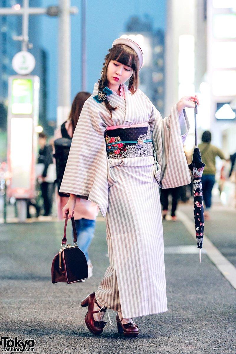 """18 Street Porn fashion porn on twitter: """"japanese striped kimono street"""