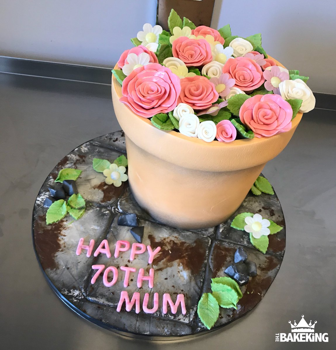 Flowerpot CAKE For A 70th Birthday Very Happy To Her Vanilla Cake With Chocolate Ganache Cakes Thebakeking Bakeking Extremecakemakers