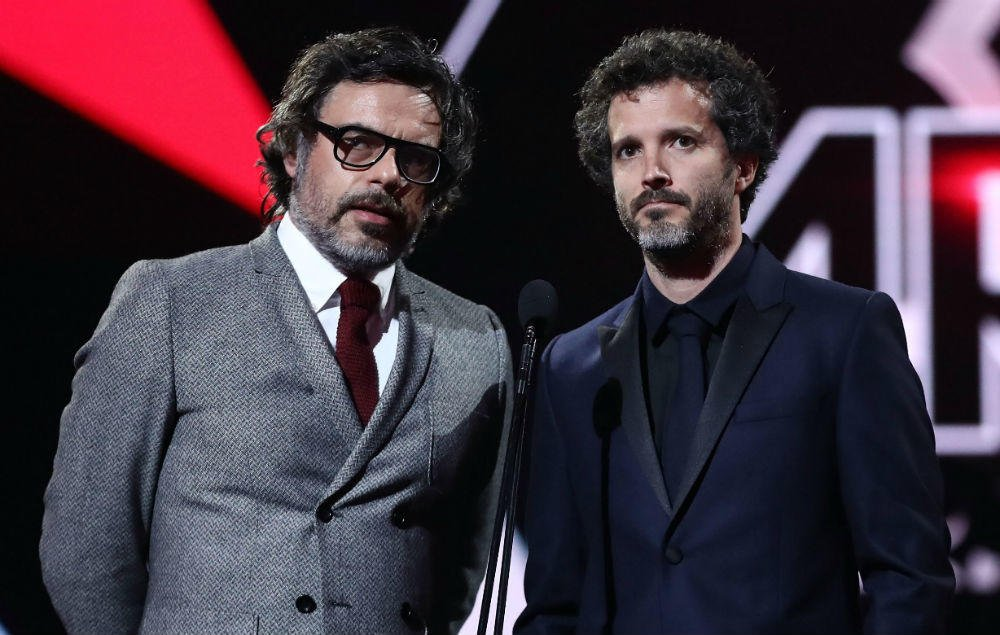 The Flight of the Conchords tour has been postponed https://t.co/aUuq1D7qtg https://t.co/6oNAolwpNI