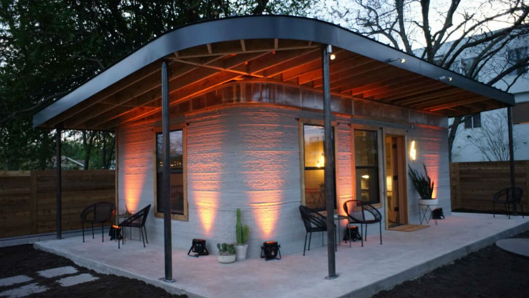 This 3D Printed House Goes Up in a Day for Under $10,000 https://t.co/hyk6SFDMhE https://t.co/6rYYg4kVNR