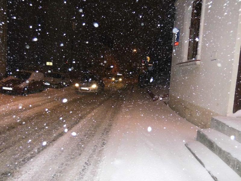 """#Rzeszów tonie w śniegu. """"Miasto zasypan..."""