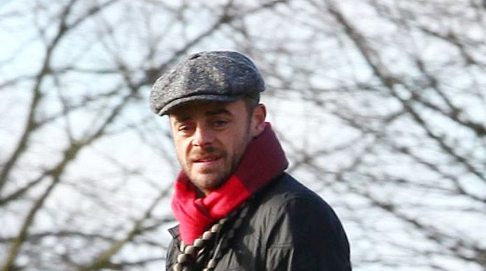 Ant McPartlin is arrested by police after 'drink drive crash'  https://t.co/tcC1qzbeNC