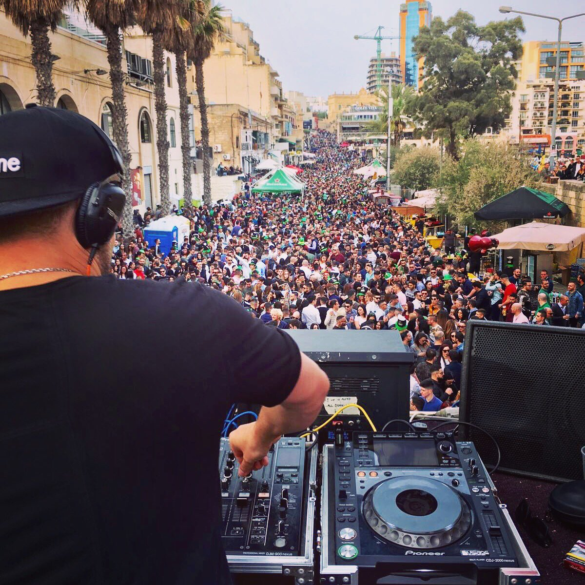 #Malta knows how to party... 🇲🇹🇲🇹🇲🇹😉 https://t.co/Ig38KiI5oM
