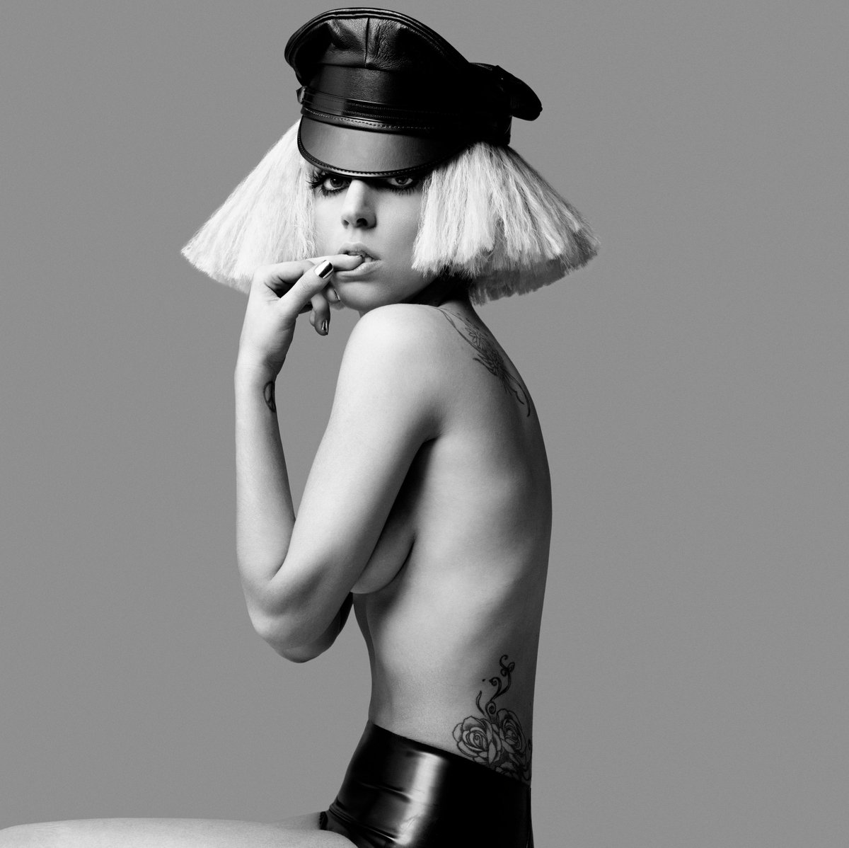 56ffb40ea5 Gaga Daily on Twitter