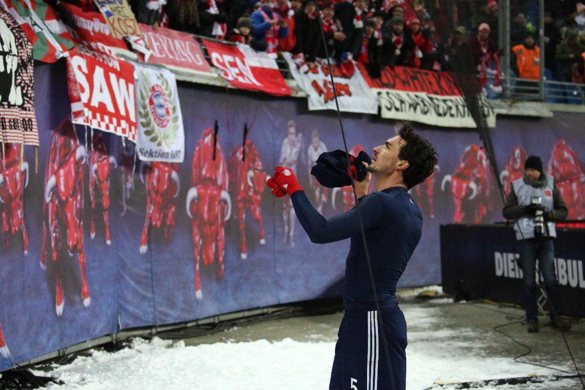 We never forget the fans ❤️ #MiaSanMia h...