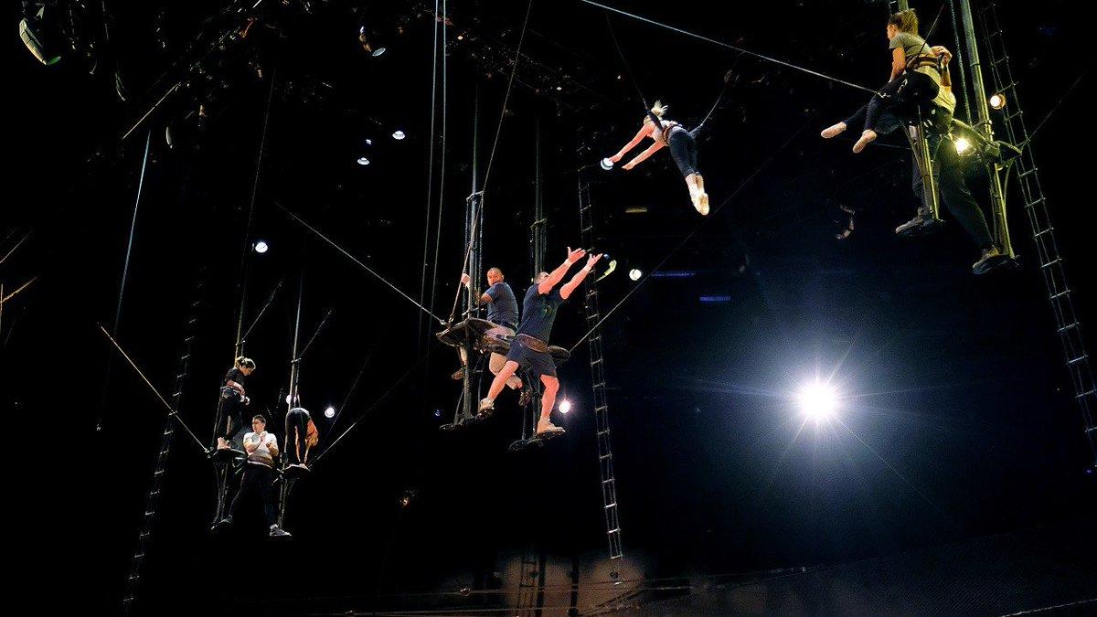 Cirque du Soleil aerialist dies after pe...