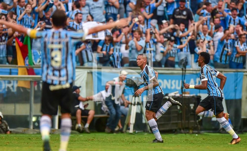 Encerrado | Campeonato Gaúcho - quartas de final (ida)     Grêmio 3x0 Internacional     ⚽ Everton, Jael e Arthur