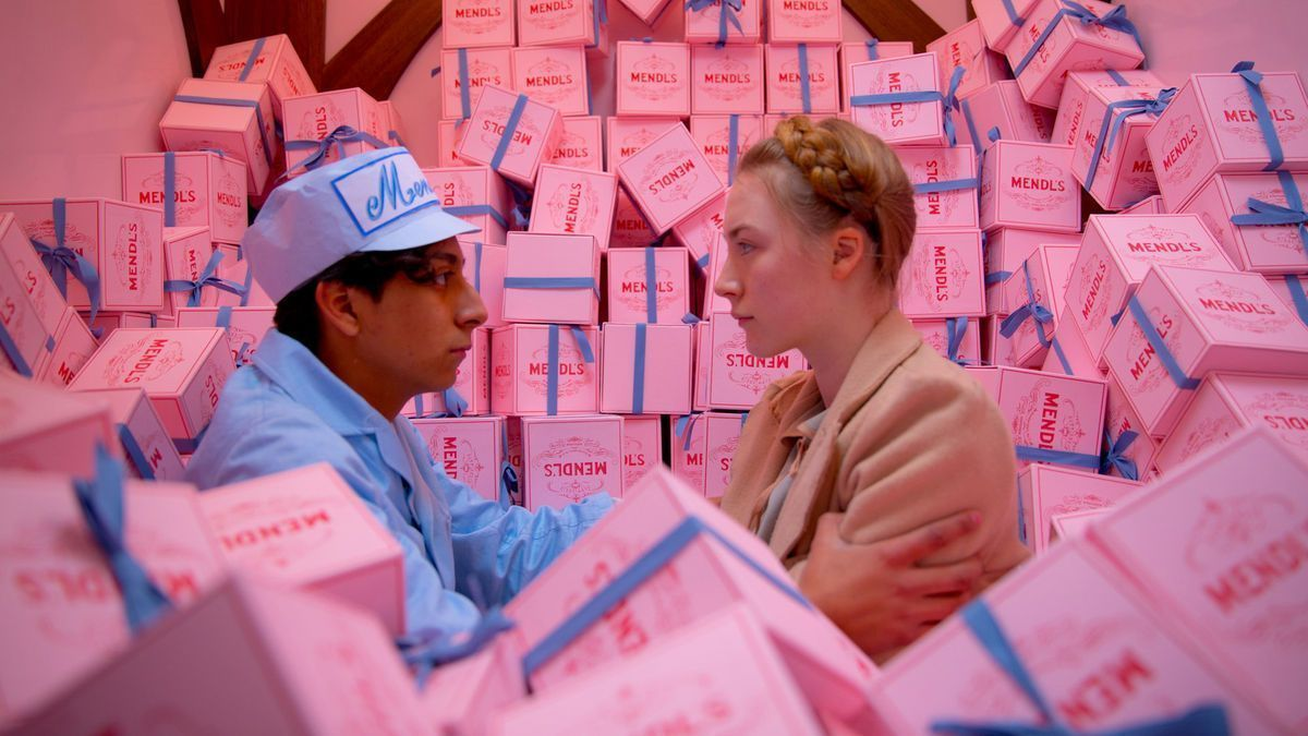 THE GRAND BUDAPEST HOTEL (2014)   DP: Robert Yeoman  Dir. Wes Anderson More Shots: https://t.co/bygdmGF23w https://t.co/4MU9tV9XJR