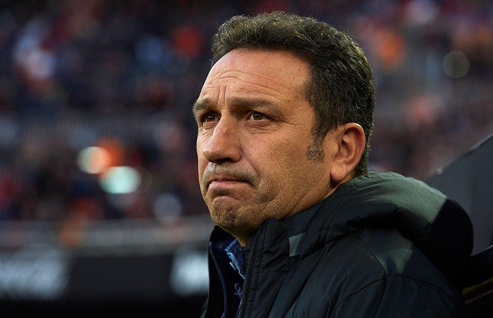 La Real Sociedad rescinde los contratos de Eusebio y Loren. Imanol Alguacil se hace cargo del primer equipo.