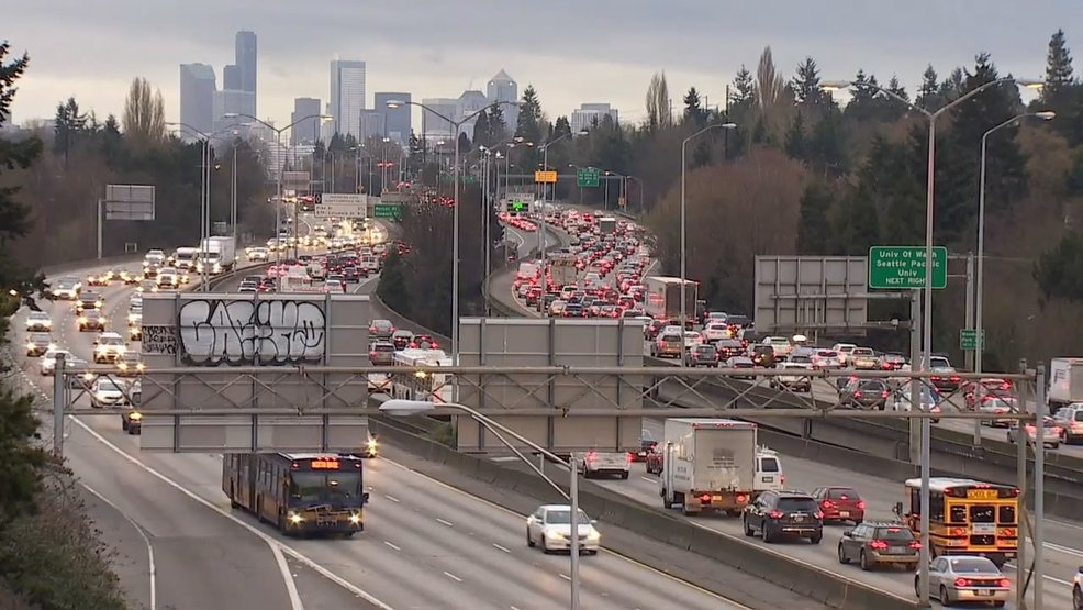 New app helps drivers find passengers to use HOV lanes https://t.co/NhUWNFGbu7