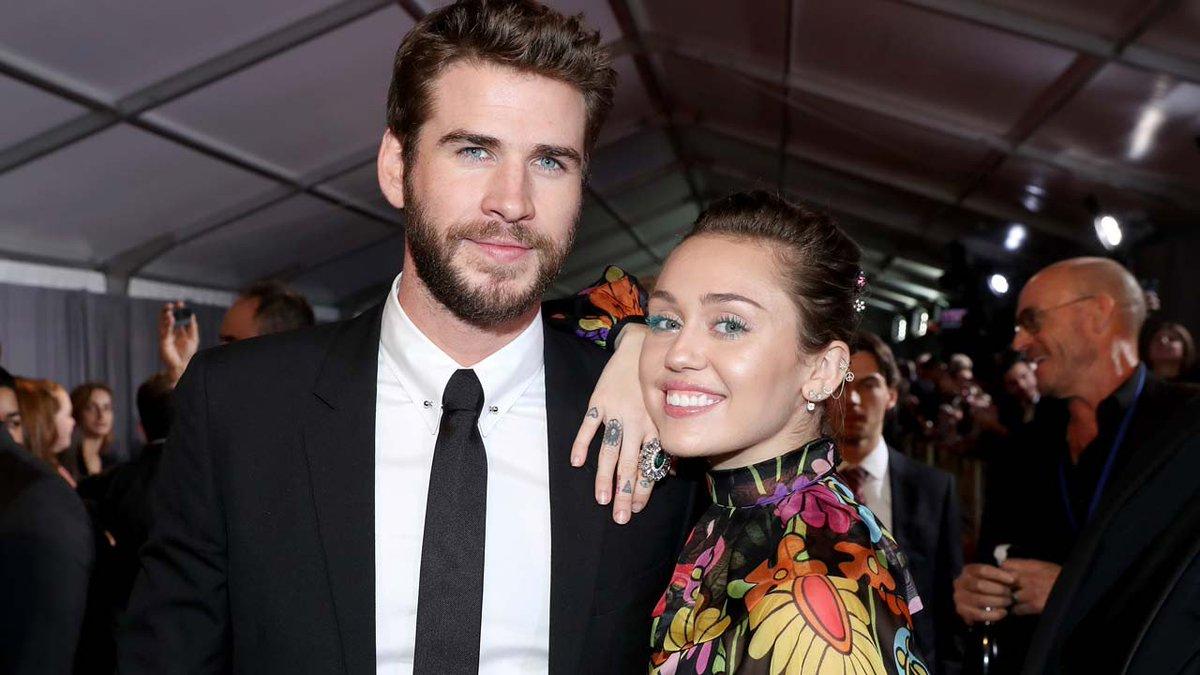 Miley Cyrus & Liam Hemsworth were bo...