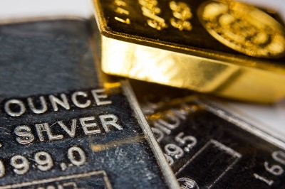 #Gold Prices Edge Lower On Firmer #Dollar Ahead Of #Fed Meet | @Reuters | https://t.co/P87WZgaGPk
