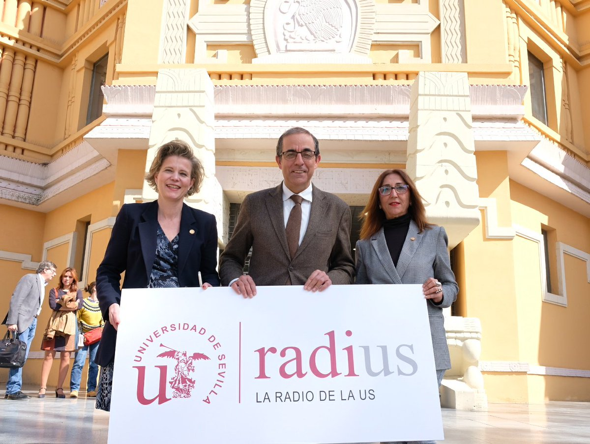 Nace #RadiUS la radio de la Universidad...