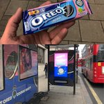 It's Cookie time! Find the Oreos to win! #Oreo @oreo #Dispenser #CreativeSolutions #JCDecaux  @JCDecaux_UK 🍪 #Cookie W/ @meiileew #OOH #FreeCookies