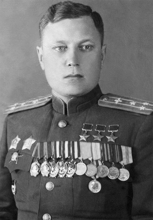 любому летчики вов герои советского союза окончания школы