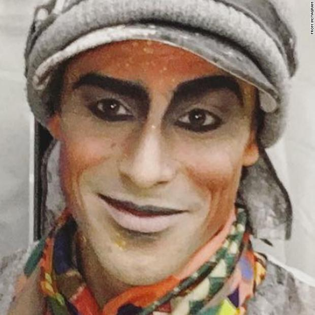 A Cirque du Soleil aerialist died Saturday night after falling during a performance https://t.co/PRAC1u1uWA https://t.co/GJtVwtM4cP