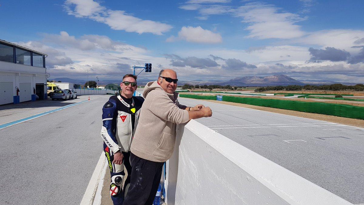 Circuito Guadix : Alquiler coche de carreras sabado febrero circuito guadix