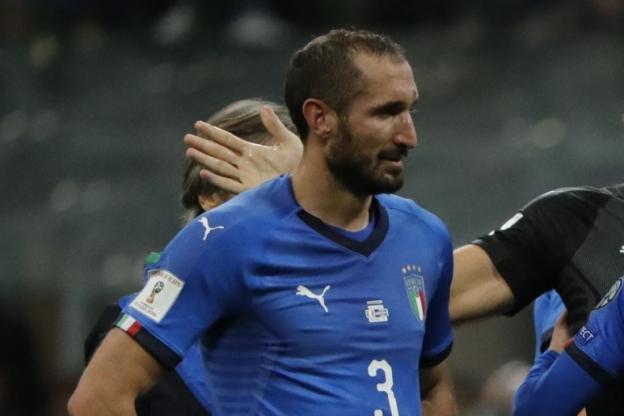 Blessé à la cuisse gauche, le défenseur italien Giorgio Chiellini est forfait pour les amicaux contre l'Argentine et l'Angleterre https://t.co/6r3huTmyfT
