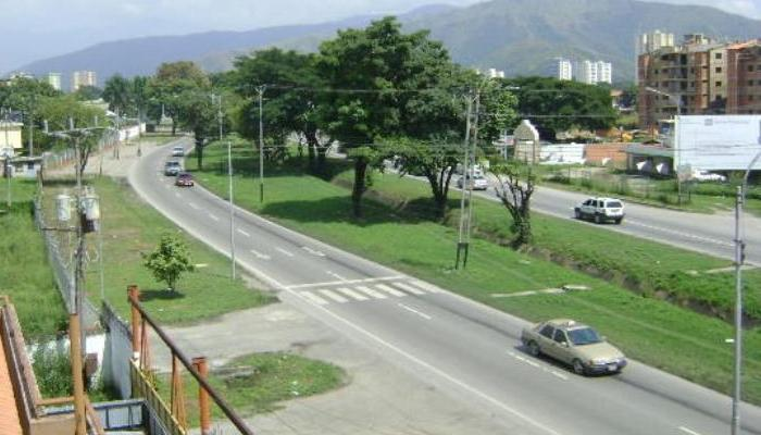 Aragua: Av. Intercomunal Turmero - Marac...
