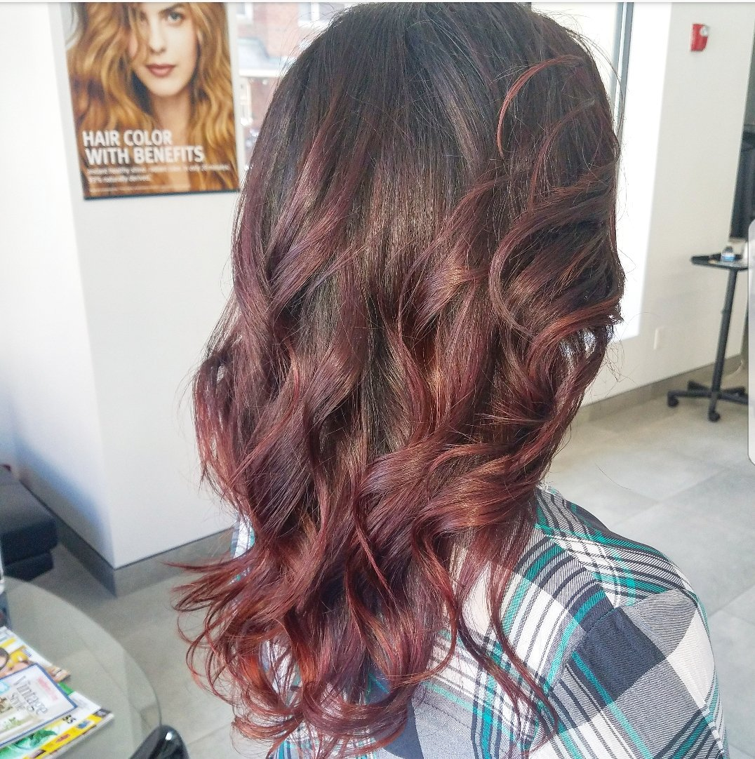 Chezalvisalonaveda On Twitter Balayage Highlights Blowdry