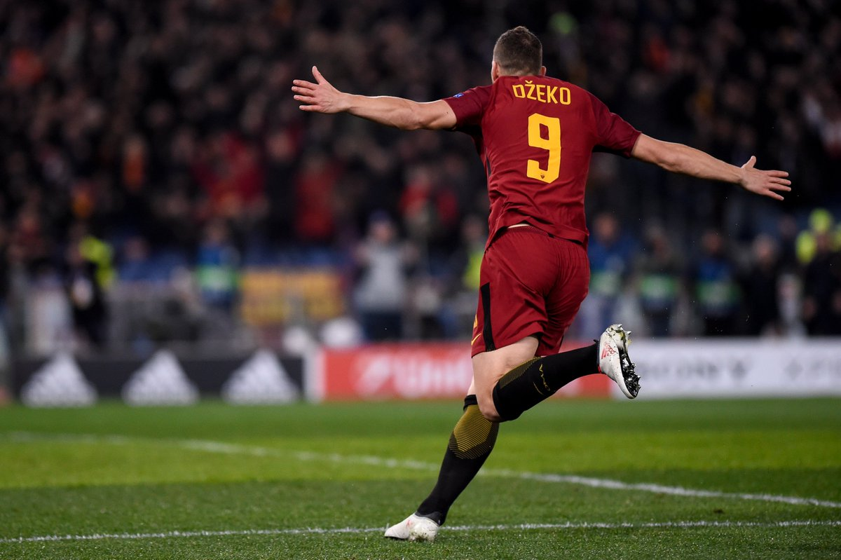 Edin Džeko has been directly involved in 7 goals in 8 #UCL games for Roma this season (4 goals, 3 assists). 🔥🔥🔥