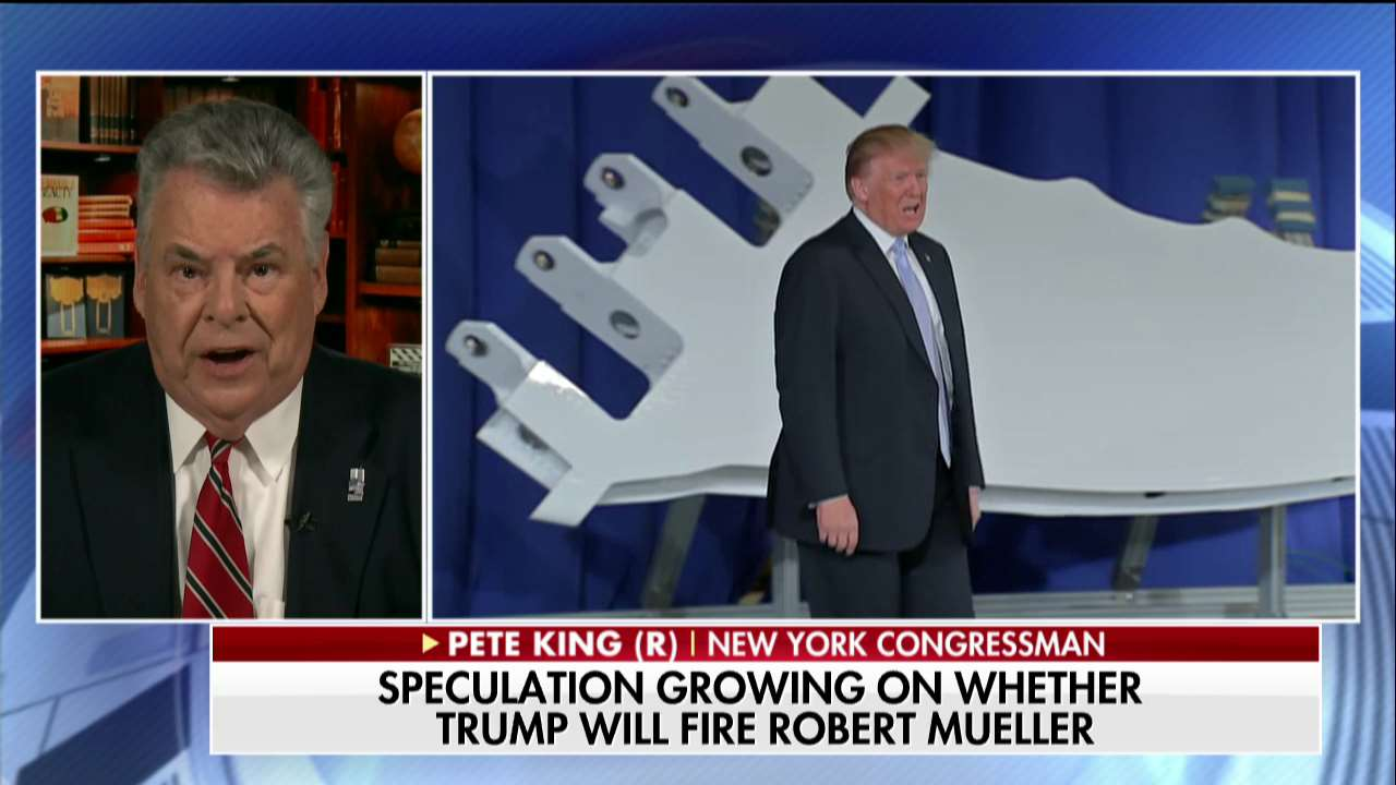 """.@RepPeteKing: """"I urge the president not to fire Bob Mueller. Let him complete the investigation."""" https://t.co/Yy6GZiFXBV"""
