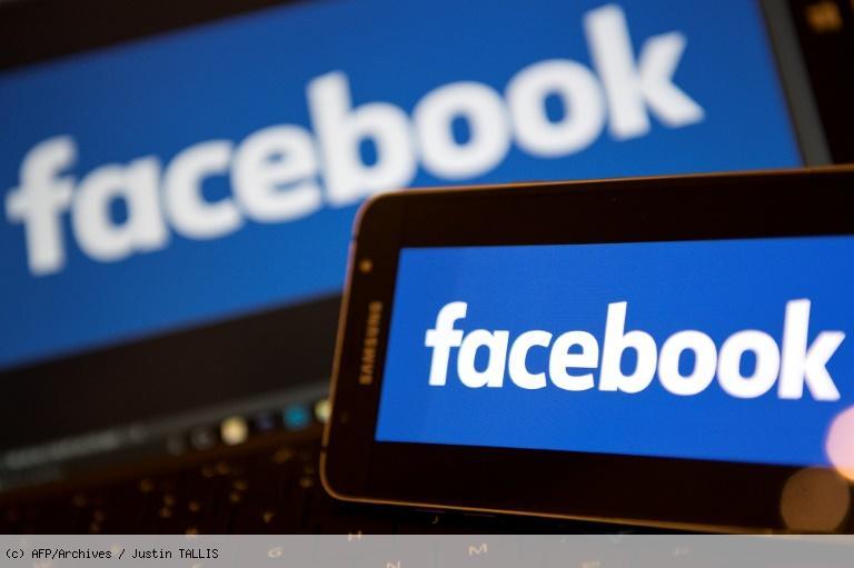 Facebook chute après des révélations sur l'affaire Cambridge Analytica https://t.co/ebrjfolPwf