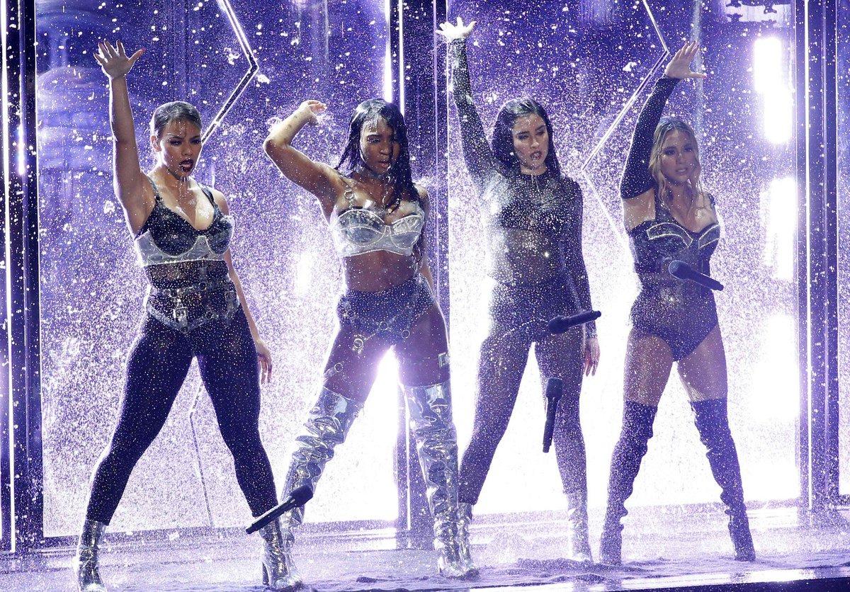 Fifth Harmony anuncia pausa após seis anos de grupo https://t.co/ALSWPvF2p3 #G1