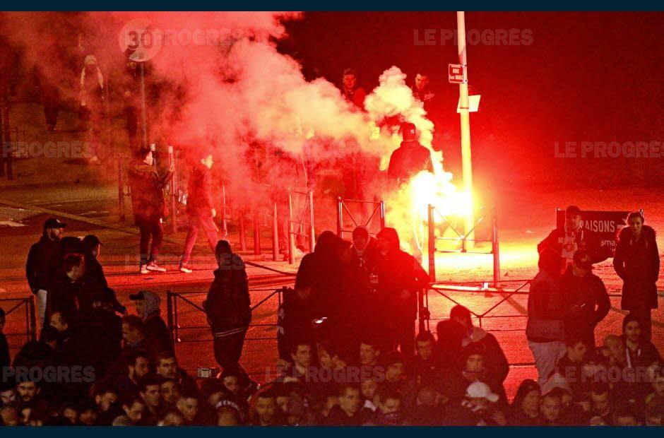 UEFA: procédure ouverte contre l'OL pour «comportement raciste» après Lyon-CSKA Moscou https://t.co/BVbleFdo5m #football #OL #Lyon